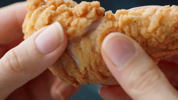 Dairy Queen Chicken and Biscuits Basket TV Spot, 'Mini Celebration' - Thumbnail 3