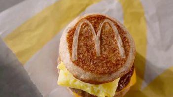 McDonald's Sausage, Egg & Cheese McGriddle TV Spot, 'Sweet Dreams or Savory Dreams?' - Thumbnail 3