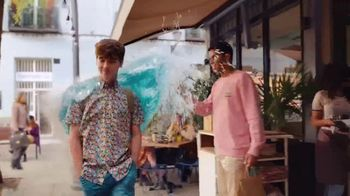 Axe Body Wash TV Spot, 'The Wave' Song by Jordan Dennis - Thumbnail 4