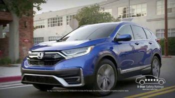 Honda Dream Garage Spring Event TV Spot, 'City Smiles: CR-V' [T2] - Thumbnail 4