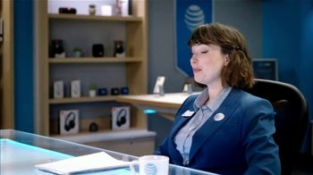 AT&T Wireless TV Spot, 'Lily Uncomplicates: Face Painting' - Thumbnail 5