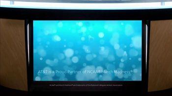 AT&T Wireless TV Spot, 'Lily Uncomplicates: Full Court Press' - Thumbnail 10