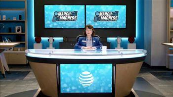 AT&T Wireless TV Spot, 'Lily Uncomplicates: Full Court Press' - Thumbnail 3