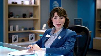 AT&T Wireless TV Spot, 'Lily Uncomplicates: Full Court Press' - Thumbnail 7