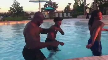 Dairy Queen TV Spot, 'Share Your Happy: Titus O'Neil: Travel With Family' - Thumbnail 3