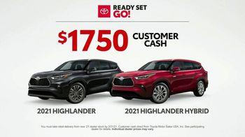 Toyota Ready Set Go! TV Spot, 'Imagine: Downtown' [T2] - Thumbnail 6