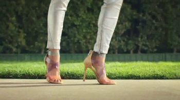 DSW TV Spot, 'Cut Loose This Spring' Song by Kenny Loggins - Thumbnail 7