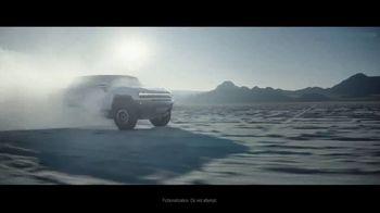 GMC Hummer EV SUV TV Spot, 'Arrival' Song by Karen O, Trent Reznor [T1] - Thumbnail 4