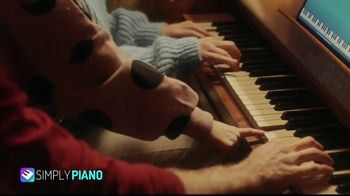 Simply Piano TV Spot, 'Whole Family' - Thumbnail 7