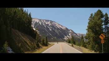 GEICO Motorcycle TV Spot, 'Lining the Field' Song by The Foundations - Thumbnail 1
