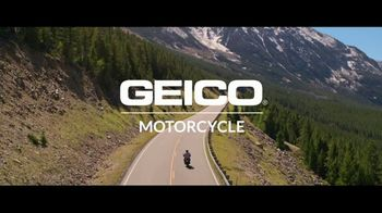 GEICO Motorcycle TV Spot, 'Karl' Song by The Foundations - Thumbnail 8