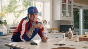 Tide TV Spot, 'Cold Callers: Turn to Cold With Vanilla Ice' Ft. Ice-T, Steve Austin - Thumbnail 5