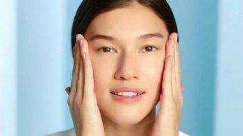 Cetaphil Gentle Skin Cleanser TV Spot, 'Five Signs of Skin Sensitivity' - Thumbnail 4