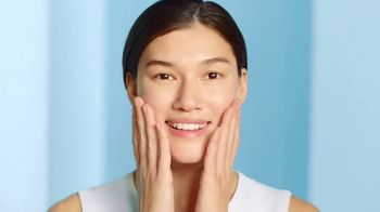 Cetaphil Gentle Skin Cleanser TV Spot, 'Five Signs of Skin Sensitivity' - Thumbnail 9