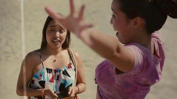 Hinge TV Spot, 'Beach' - Thumbnail 5