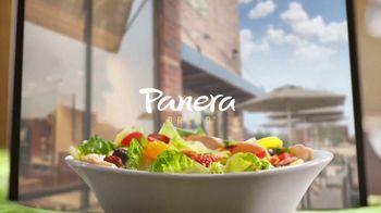Panera Bread Strawberry Poppyseed Salad TV Spot, 'No Place Like Panera'