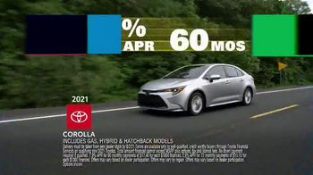 Toyota Driven to Be the Best Event TV Spot, 'Best Deals: Hybrid' [T2] - Thumbnail 4