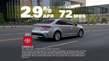 Toyota Driven to Be the Best Event TV Spot, 'Best Deals: Hybrid' [T2] - Thumbnail 5