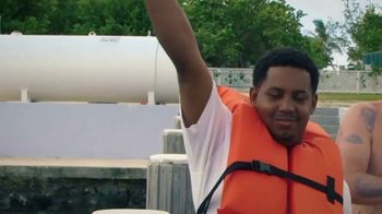 Discovery+ TV Spot, 'Jackass: Shark Week' - Thumbnail 3