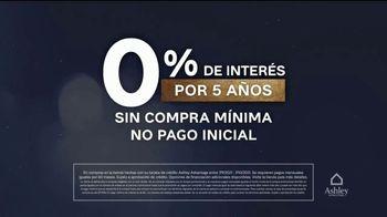 Ashley HomeStore La Locura de Medianoche TV Spot, '0% interés' [Spanish] - Thumbnail 3