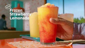 Popeyes Frozen Strawberry Lemonade TV Spot, 'La combinación perfecta' [Spanish] - Thumbnail 3