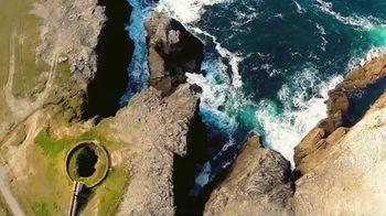 Golf Ireland TV Spot, 'Drawing Closer: Ballyliffin, Lahinch, Adare Manor & Waterville' - Thumbnail 9