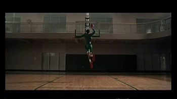 Gatorade TV Spot, 'Greatness Starts With G' Featuring D.K. Metcalf, Jayson Tatum, Song by Marlowe - Thumbnail 9