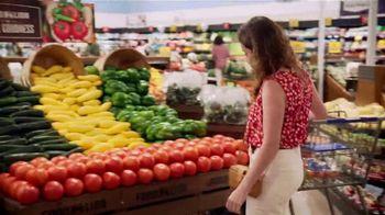 Food Lion, LLC TV Spot, 'Grab a Little Local Goodness: Farmers' - Thumbnail 4