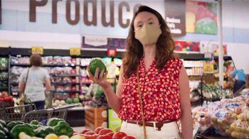Food Lion, LLC TV Spot, 'Grab a Little Local Goodness: Farmers' - Thumbnail 5