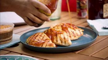 Food Lion, LLC TV Spot, 'Grab a Little Local Goodness: Hometown' - Thumbnail 3