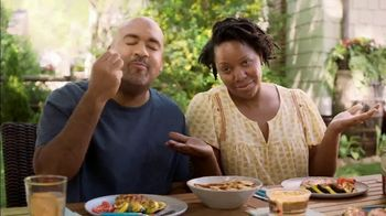 Food Lion, LLC TV Spot, 'Grab a Little Local Goodness: Hometown' - Thumbnail 8