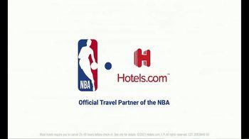 Hotels.com TV Spot, 'NBA: Changing Plans' Featuring Vince Carter - Thumbnail 10