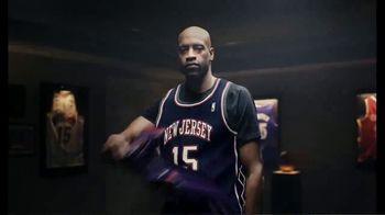 Hotels.com TV Spot, 'NBA: Changing Plans' Featuring Vince Carter - Thumbnail 3