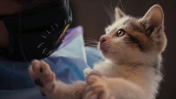 Cuddly TV Spot, 'Atlas'