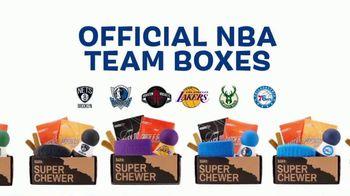 BarkBox Super Chewer NBA Box TV Spot, 'Free Jersey' - Thumbnail 4