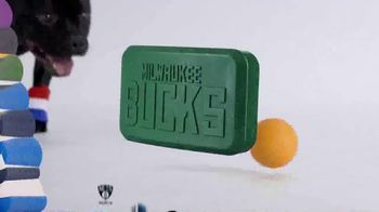 BarkBox Super Chewer NBA Box TV Spot, 'Free Jersey' - Thumbnail 8