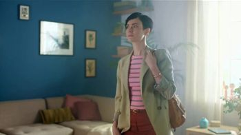 Expedia Travel Week TV Spot, 'Expedia Gets You Out'