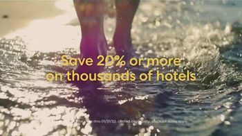 Expedia Travel Week TV Spot, 'Expedia Gets You Out' - Thumbnail 4