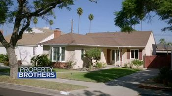 Wayfair TV Spot, 'HGTV: Forever Home Reveal' - Thumbnail 1
