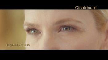 Cicatricure Gold Lift TV Spot, 'Flotante' con Valeria Mazza [Spanish] - Thumbnail 4
