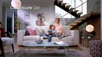 Cicatricure Gel TV Spot, 'Accidente' con Tatiana Rentería [Spanish] - Thumbnail 8