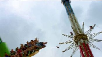 Six Flags Over Texas TV Spot, '¿Lo escuchas?' [Spanish] - Thumbnail 5