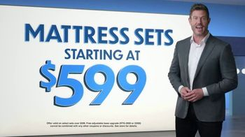 Rooms to Go TV Spot, 'Change the Way You Sleep: Free Adjustable Base' Featuring Jesse Palmer - Thumbnail 4