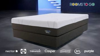 Rooms to Go TV Spot, 'Change the Way You Sleep: Free Adjustable Base' Featuring Jesse Palmer - Thumbnail 5
