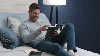 Rooms to Go TV Spot, 'Change the Way You Sleep: Free Adjustable Base' Featuring Jesse Palmer - Thumbnail 9