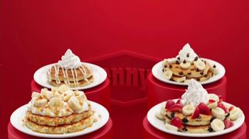 Denny's Red, White & Blue Pancakes TV Spot, 'Panqueques del mes' [Spanish] - Thumbnail 2