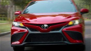 2021 Toyota Camry TV Spot, 'Dear Road Rivals: Camry' [T2] - Thumbnail 4