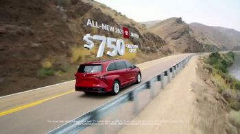Toyota Run the Numbers Summer Getaway TV Spot, 'Time to Get Away: Hybrids' [T2] - Thumbnail 3