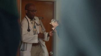 American Express Business TV Spot, 'Dr. Petsworth' - Thumbnail 5