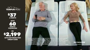 Mattress Firm TV Spot, 'King for a Queen, Free Adjustable Base on Sealy' - Thumbnail 5